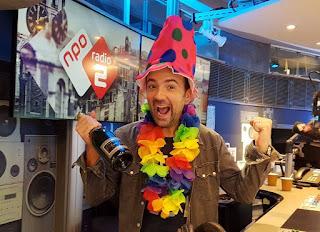 Gerard Ekdom viert zijn 40e verjaardag met 40 luisteraars van 40 jaar