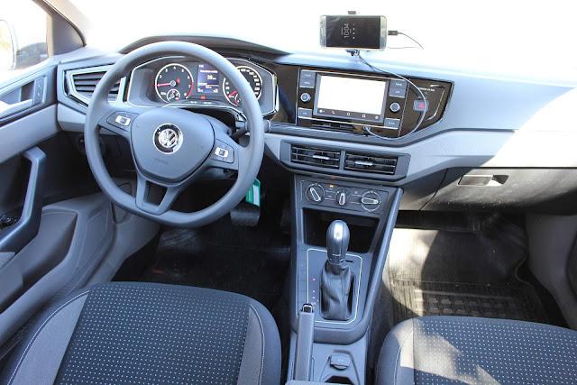 VW Virtus 200 TSI Comforline - painel
