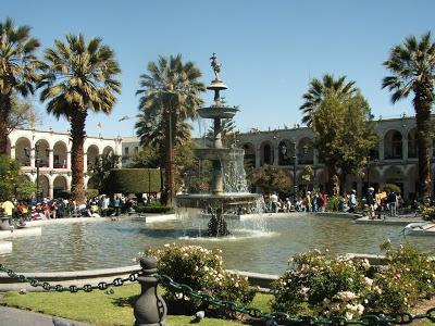 Foto de Plaza de Armas de Arequipa de día