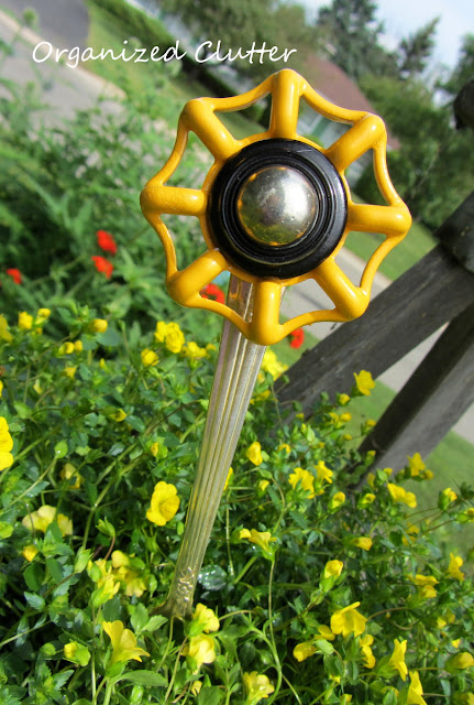 Fork handle valve faucet flowers