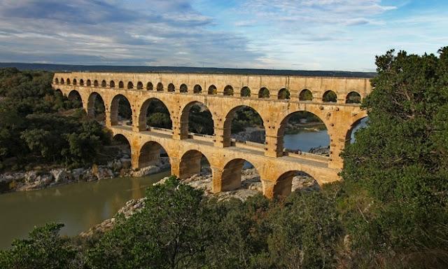 insaatnoktasi_fransa_su_kemeri_Pont-du-Gard