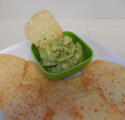 Eggface%2BCheese%2BChips%2Bwith%2BGuacamole%2BLow%2BCarb Weight Loss Recipes Party Food: Crunchy Cheese Cups