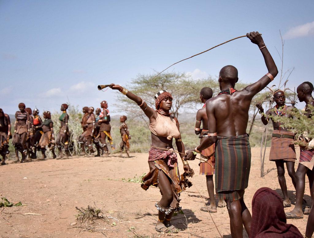 अंडमान के सेंटिनल और जारवा आदिवासी कौन हैं? | अंडमान के आदिवासियो के बारे रोचक जानकारी