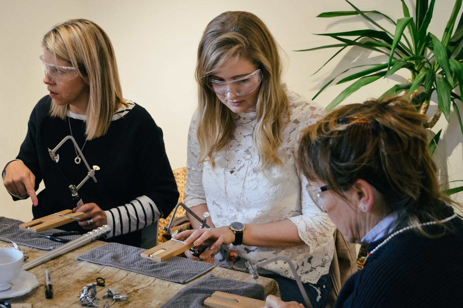 JewelleryMoves Hampshire workshops, jewellery workshops Hampshire, make your own jewellery Hampshire, Hampshire bloggers
