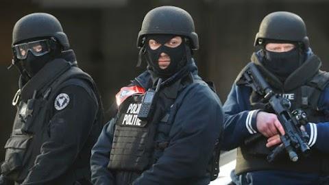 Terrorizmus vádjával előállítottak egy férfit Belgiumban