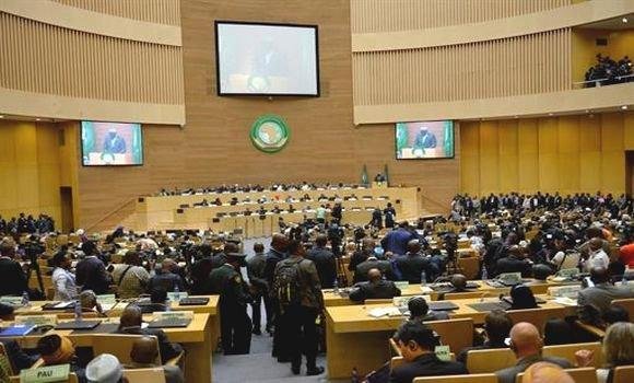 AU Thirtieth Summit calls for resumption of direct negotiations between its two members SADR and Morocco