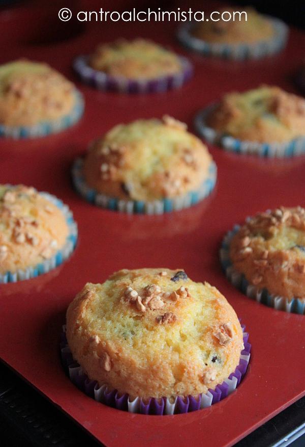 Muffins di Torrone alle Nocciole e Yogurt Greco
