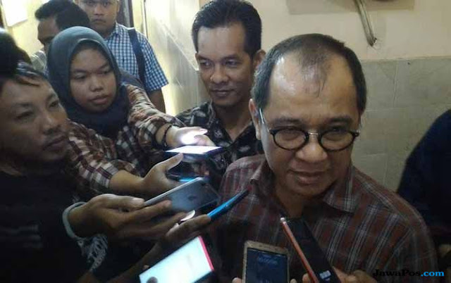 Diperiksa Bawaslu, Akbar Faizal: Memanggil DPR Harus Izin Presiden