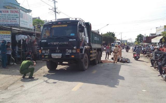 Nhiều người dân bức xúc trước hành vi của tài xế xe tải cán chết bé gái 15 tuổi