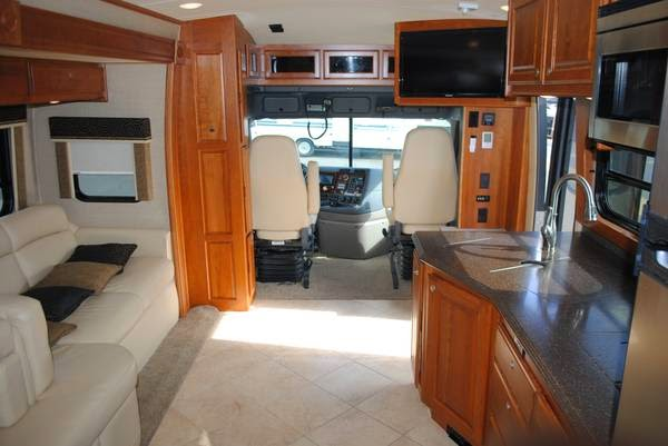 Used Rvs For Sale By Owner >> Used RVs 2013 Dynamax Grand Sport 371GT For Sale by Owner