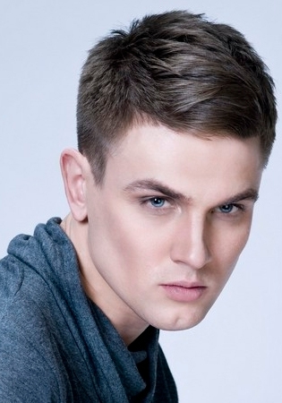Mens Hairstyles With Bangs