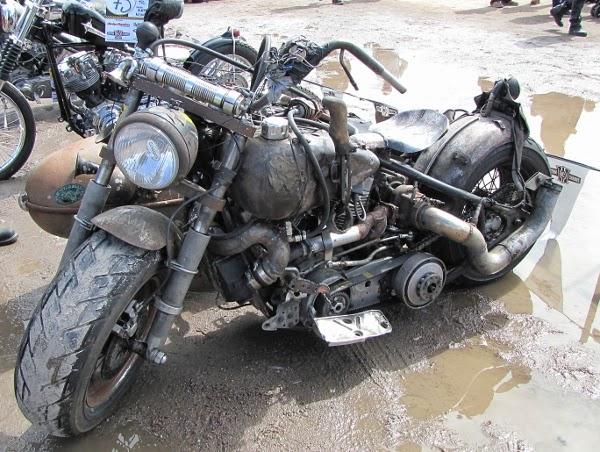 rattbike sivuvaunu rakennettu mööttoripyörä