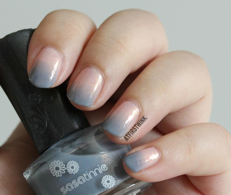 Canmake colorful nails nail polish no. 43 and Sasatinnie nail polish FCW034 pink blue gradation gold shimmers whole hand