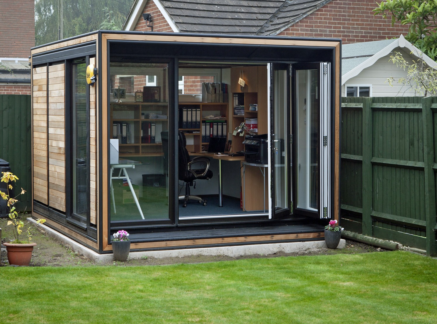 Shedworking the smart garden offices story for Garden office and shed