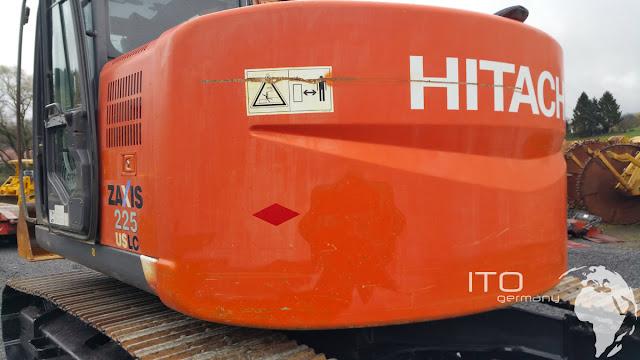 Kettenbagger Hitachi 225