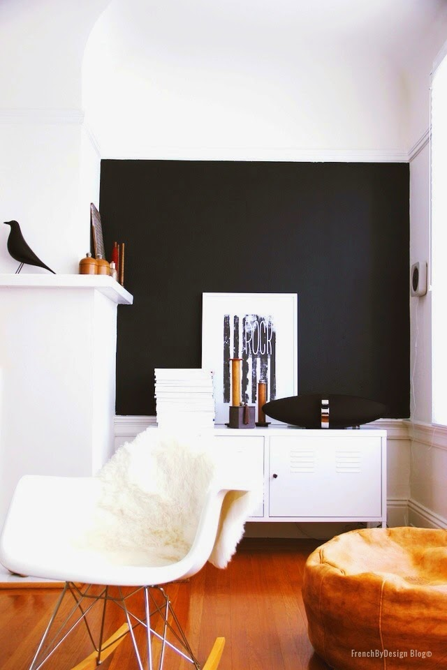 antes-despues-salon-nordico-blanco-negro-decoracion-escandinava-before-after-living-room
