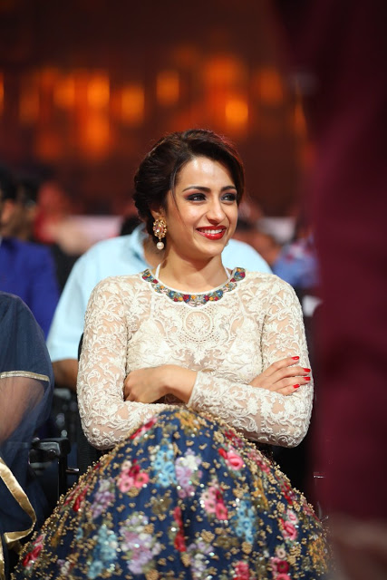 Trisha Krishnan Poses 6th SIIMA at Abu Dhabi National Exhibition Centre In Abu Dhabi