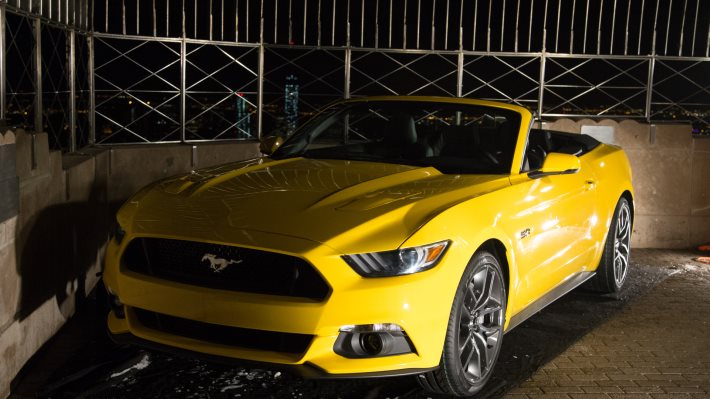 Wallpaper 2: 2015 Ford Mustang Convertible
