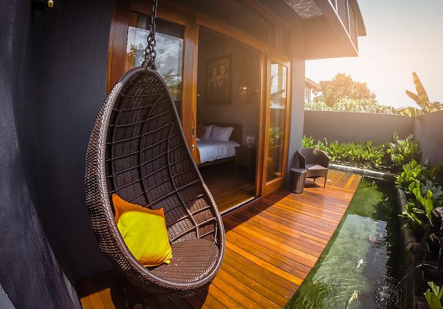 Ipoh Bali Hotel Ikan koi view