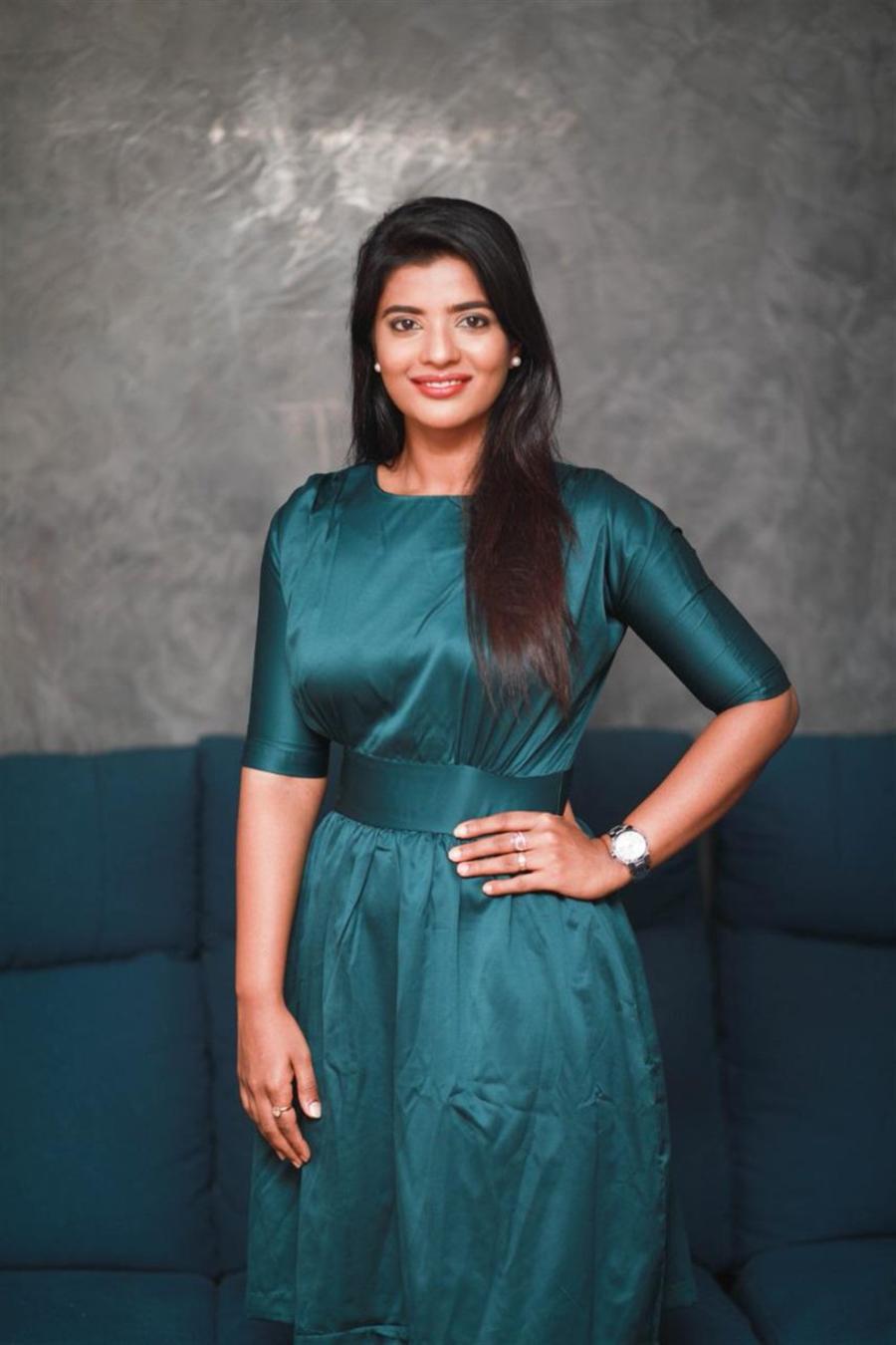 Indian Actress Aishwarya Rajesh Latest Photoshoot In Blue Gown