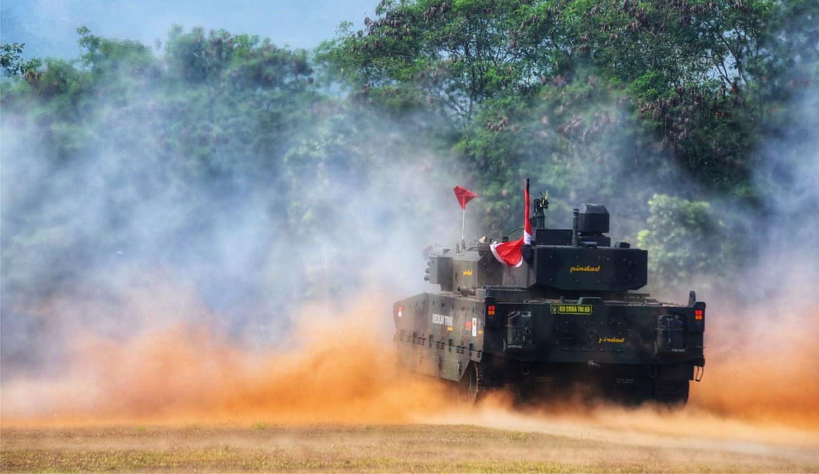 Pindad Uji Tembak Medium Tank