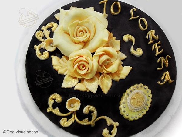 Oggi vi cucino cos topper cake con rose pdz su base for Cucinare anni 70