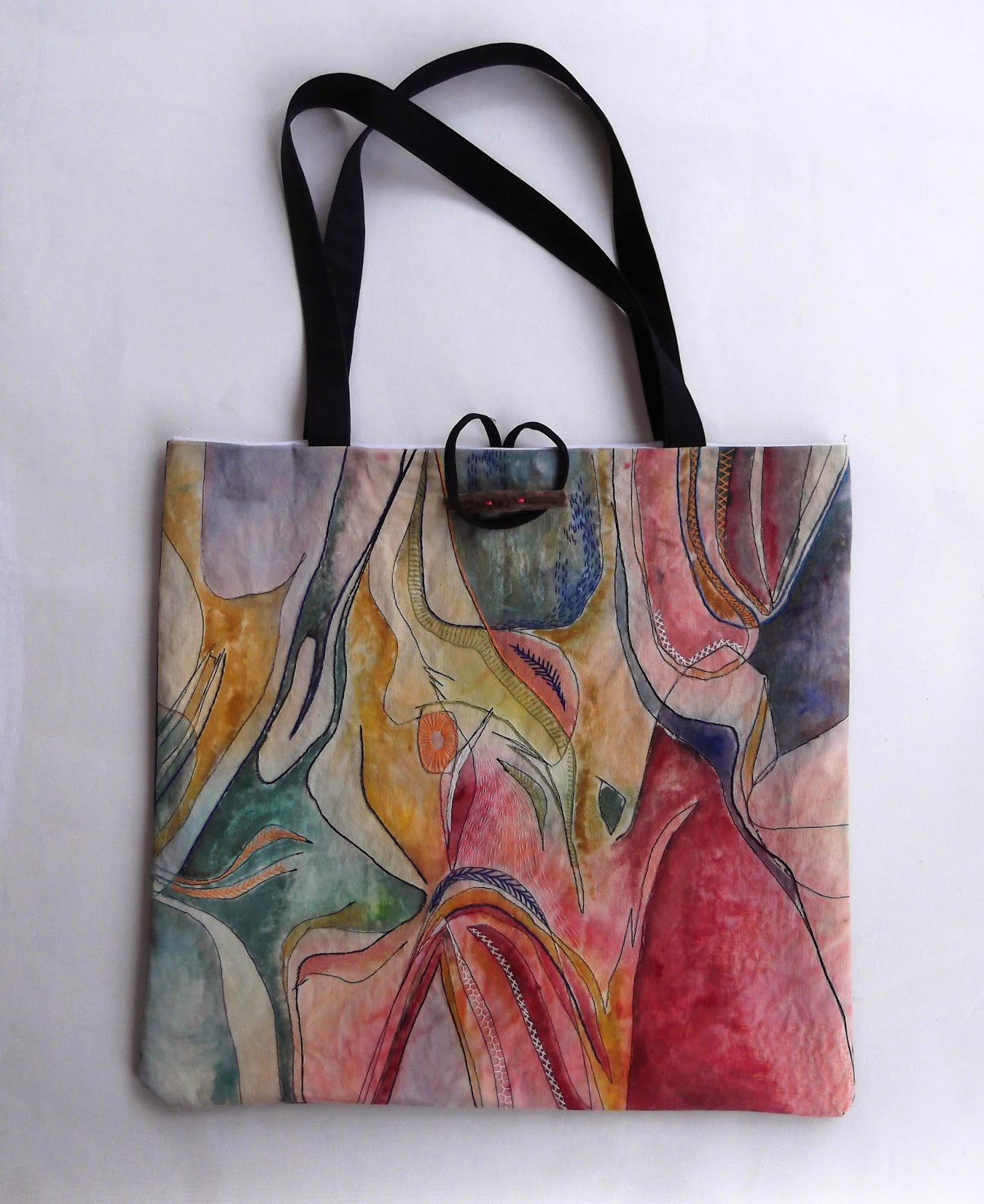 painted bag, painted fabric, hand painted fabric, hand painted bag, canvas bag, tote bag, tote bag free tutorial, tote bag free pattern