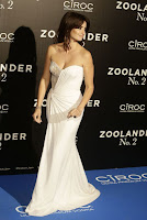 Penelope Cruz red carpet gown