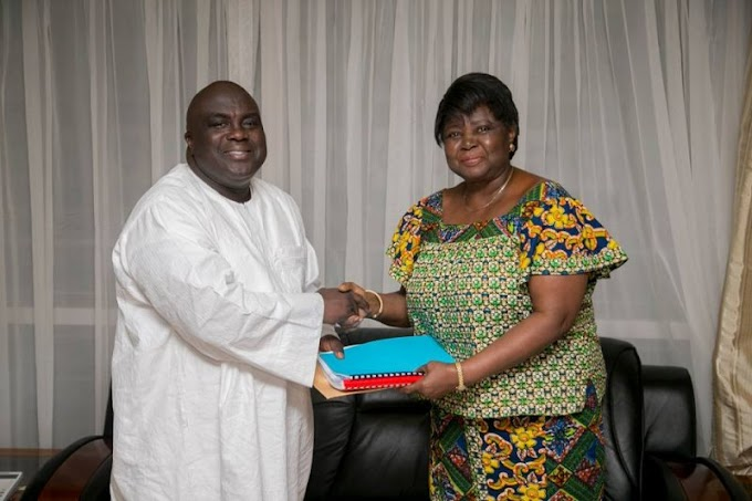 Chief of Staff presents Montie 3 petition to Council of State