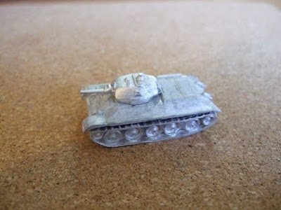 T-34 1940 comes with separate fuel tanks to add or not