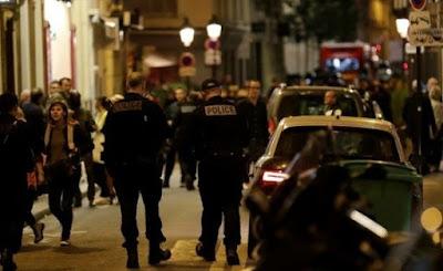 Autor de ataque a faca em Paris estava em lista de pessoas perigosas