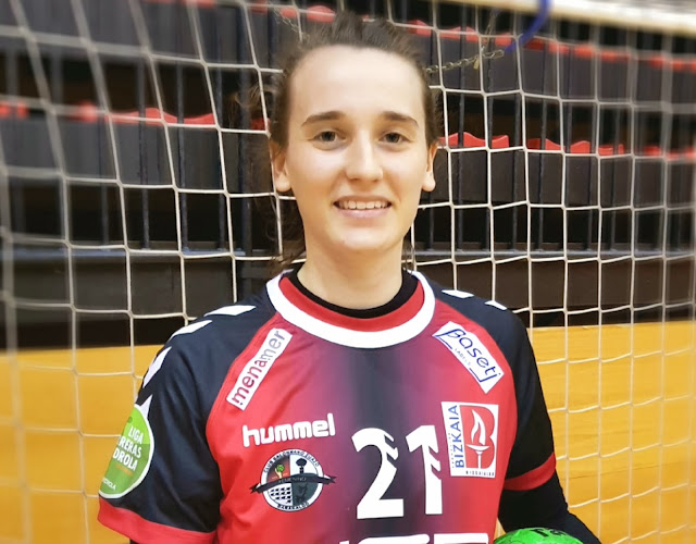 Julia Paranhos de Oliveira, del Zuazo
