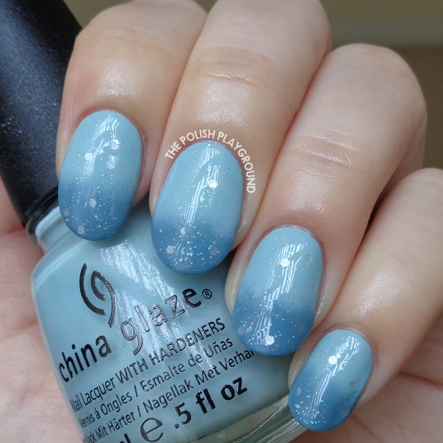 Blue Gradient with Soft White Glitter Nail Art