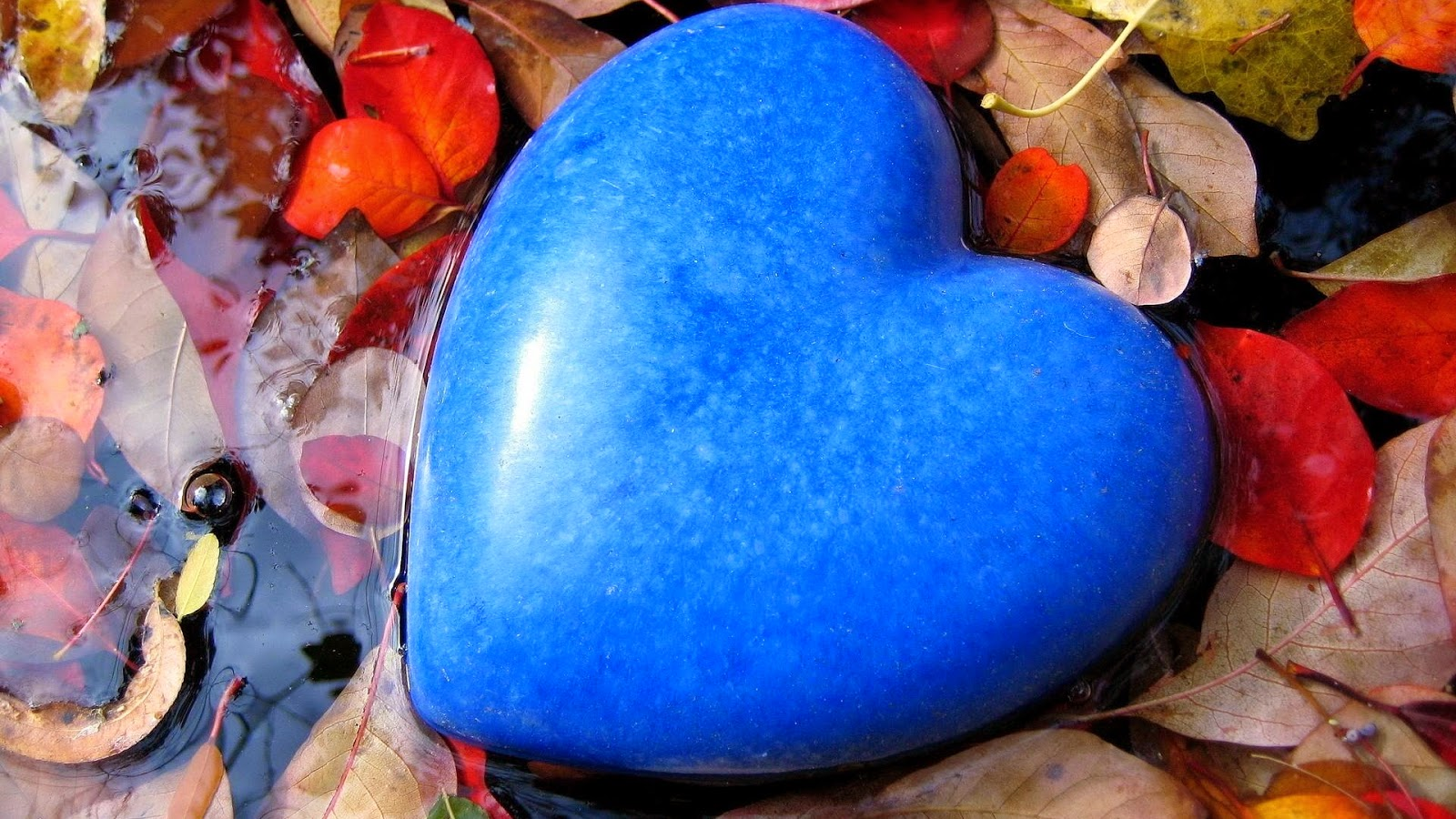 Love-heart-shape-of-stones-wallpaper
