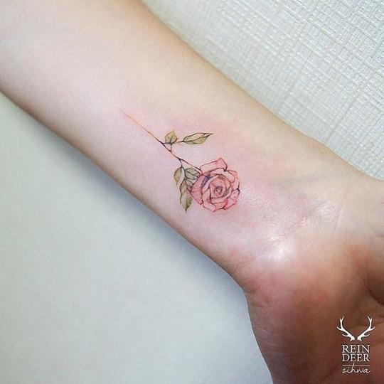 35 Stunning Wrist Tattoos For Women and Men