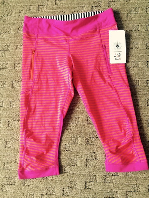 lululemon-2015-sea-wheeze-expo-merchandise passion-crop-pink