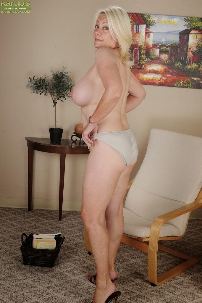 Sexy cougar bbw lady lynn fucks latin landlord juan largo - 2 5