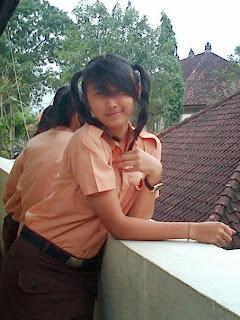 Abg SMA Cantik Tabanan Devi Bunga