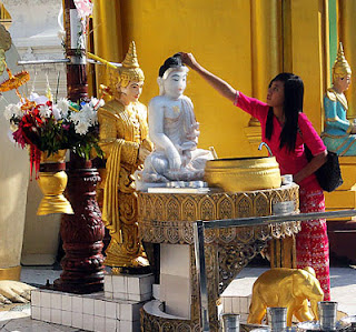 Buddha statue at the Shwedagon Pagoda Yangon