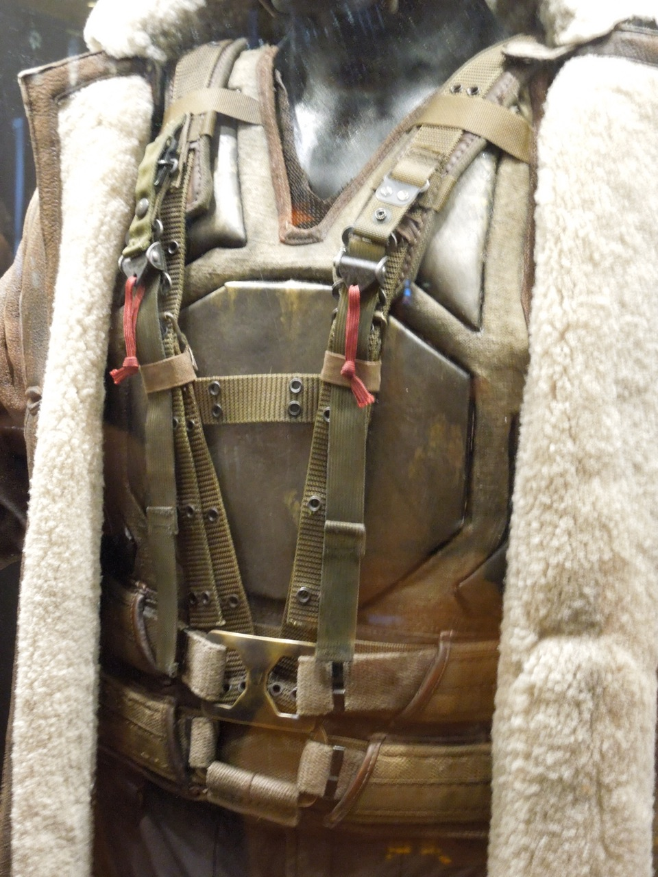 Hollywood Movie Costumes and Props: Tom Hardy's Bane costume from ...