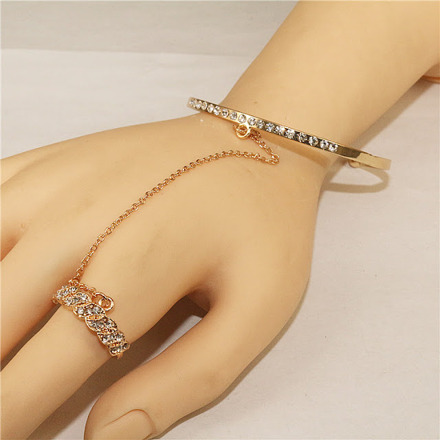 Silver Hand Chain Ring