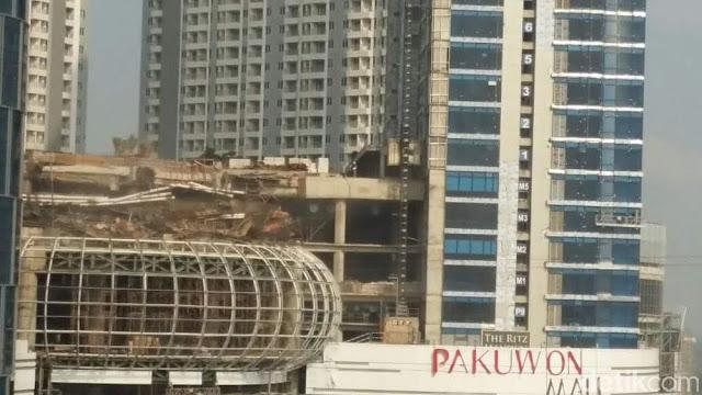 Supermall Pakuwon City Surabaya Ambruk, Padahal Baru Dicor