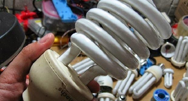 Mengganti filamen Lampu Neon Yang Putus Dengan Kumparan Ferit
