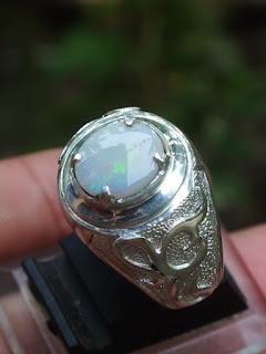 Opal Jarong