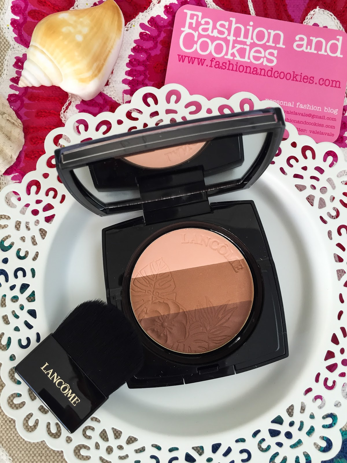 Lancôme makeup collection 2016: Summer bliss, Belle de Teint Powder glow trio review on Fashion and Cookies fashion blog, fashion blogger