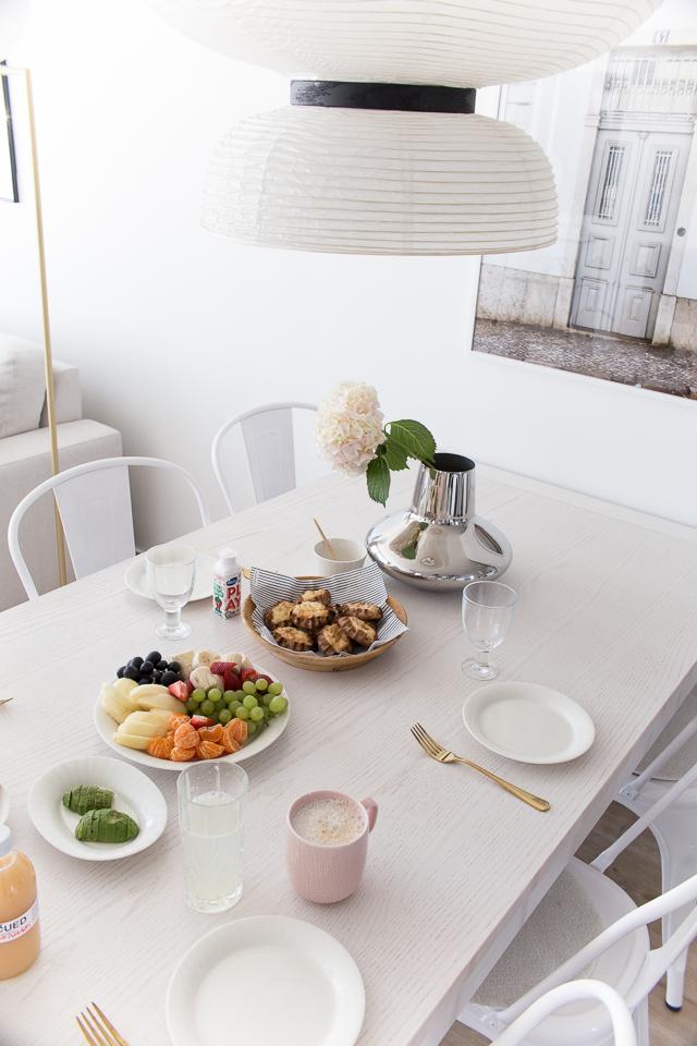 Villa H, brunssi, ruokailutila, aamupala