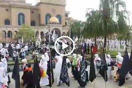 Video: Acara Kibarkan Puluhan Ribu Panji Rasul di Islamic Center Buat Kaget Warga Samarinda