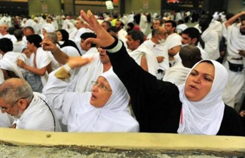 حاجة مصرية ترجم زوجها بدلاً من إبليس