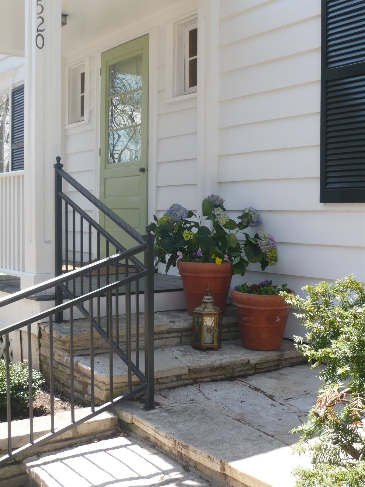 Designing Domesticity: Spring Front Porch Planters