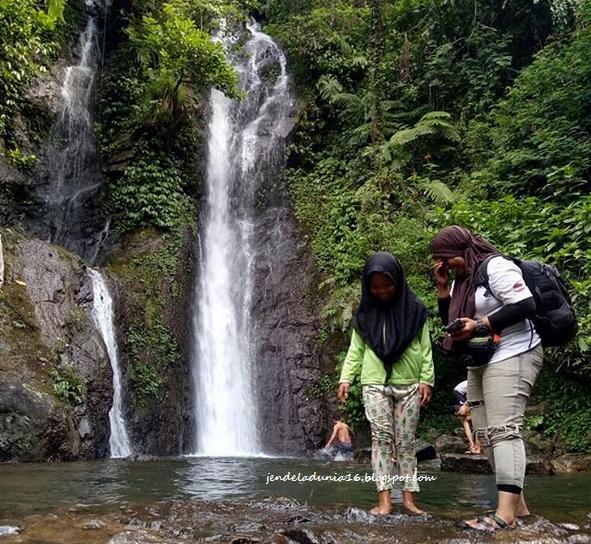 Berwisata Ke Air Terjun Curug Cilember, Air Terjun Yang Terkenal Akan Ke kayaan Alamnya